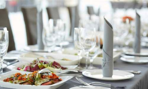 市场快速复苏迎来升级新趋势 餐饮消费有新意有人气