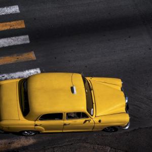 国盛证券:车企加速投放10万元以下车型,低端市场显现基数效应