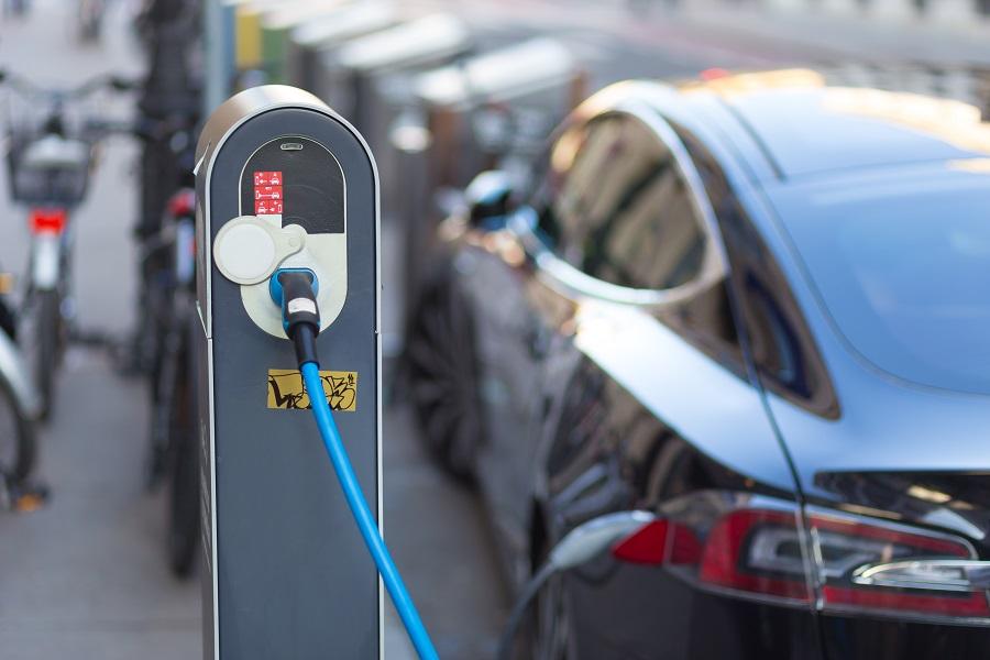从宁德时代IPO看中国电动车电池产业面临的三大变局转折