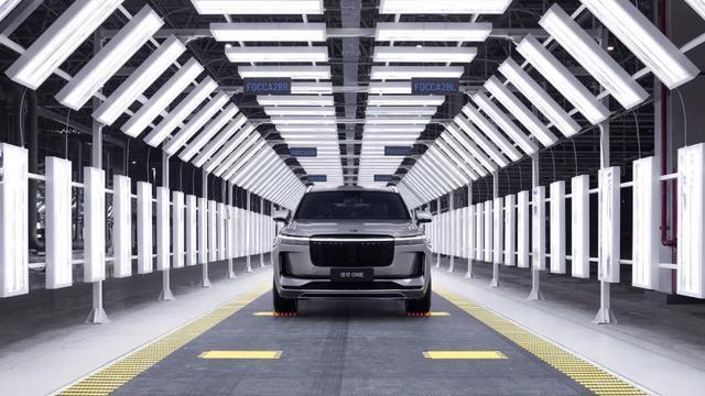 累计融资超20亿美元,理想汽车吹响市值千亿美元冲锋号?
