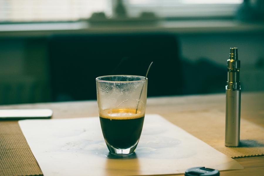 咖啡陪你:韩版瑞幸咖啡溃败记