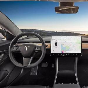 """特斯拉Model 3:Autopilot在中国的""""免费实验"""""""