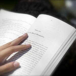 36氪领读 | 周鸿祎荐书:2017年不容错过的十本好书