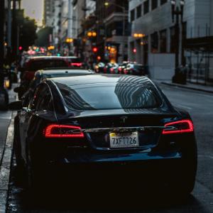 Autopilot功能再升级,特斯拉2019年底真能实现完全自动驾驶?