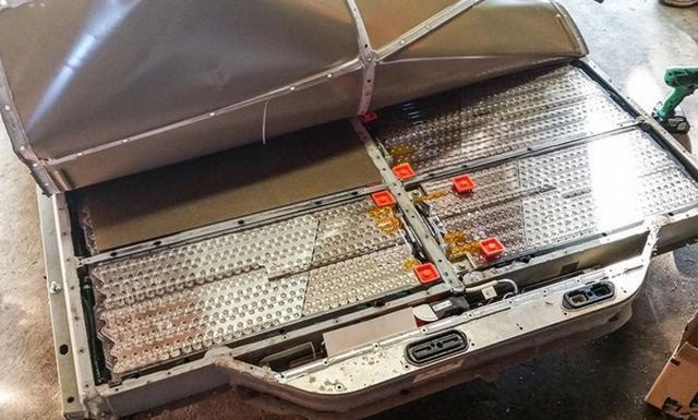 市场需求过高 特斯拉二次上调Powerwall家用电池组价格至7500美元