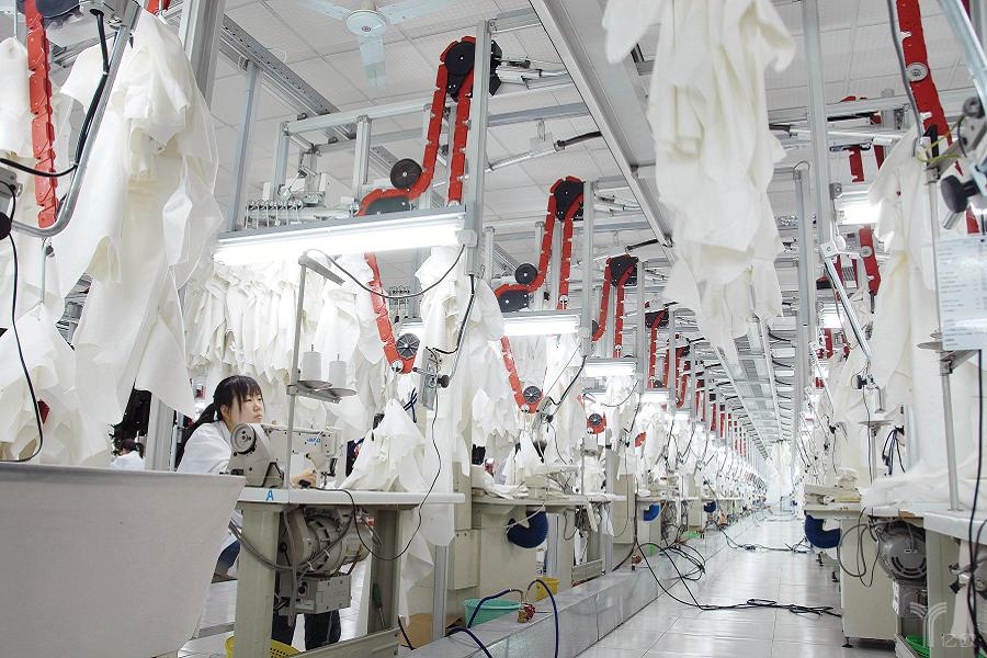 """面对全球制造业的新特点,中国的""""四心""""应对之策"""