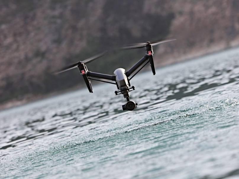 大疆今天再次否认退出中国市场,并透露其无人机在国内保有量超过50万台