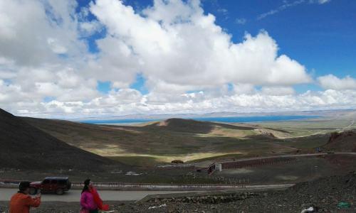 西藏拉萨市当雄县特色产业兴起来 牧民群众富起来