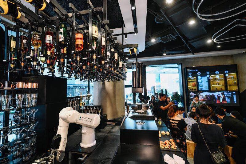 前百胜高管入局餐饮自动化,「Ratio」用机器人调制鸡尾酒和咖啡