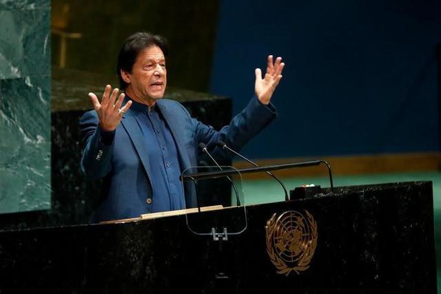 巴基斯坦总理新冠病毒检测呈阳性