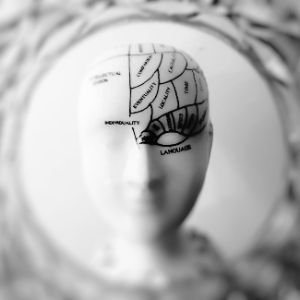 研发便捷的导电材料,「BrainCo」的脑机接口设备实现量产