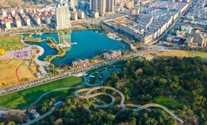 生态环境部与海南省政府签约 共同推进国家生态文明试验区建设