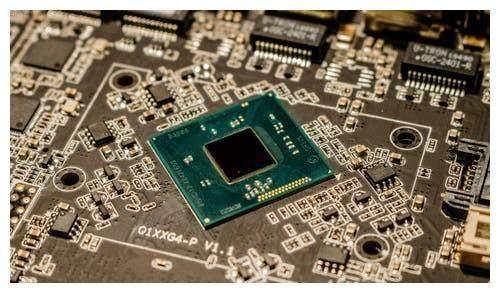 谷歌宣布今年上市旗舰机将搭载自研芯片