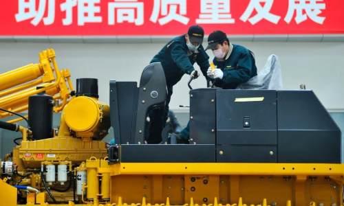 """""""大块头""""加速智能化:中国工程机械行业持续发展"""