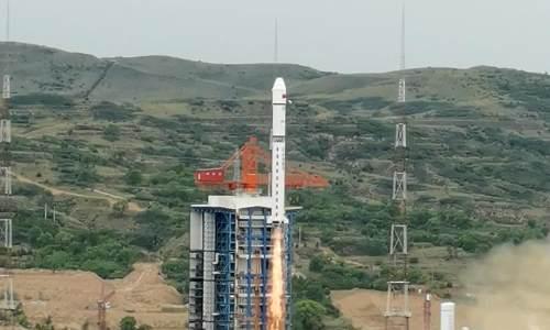我国成功发射北京三号卫星