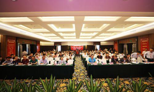 海南省赣州商会第一届第一次会员代表大会在海口天佑大酒店成功举行