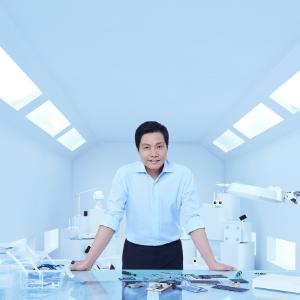 最前线 | 小米副总裁卢伟冰:荣耀智慧屏是营销概念,不放弃开机广告