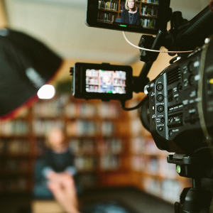 最前线|爱奇艺、优酷等音视频网站被约谈,问题出在了会员权益