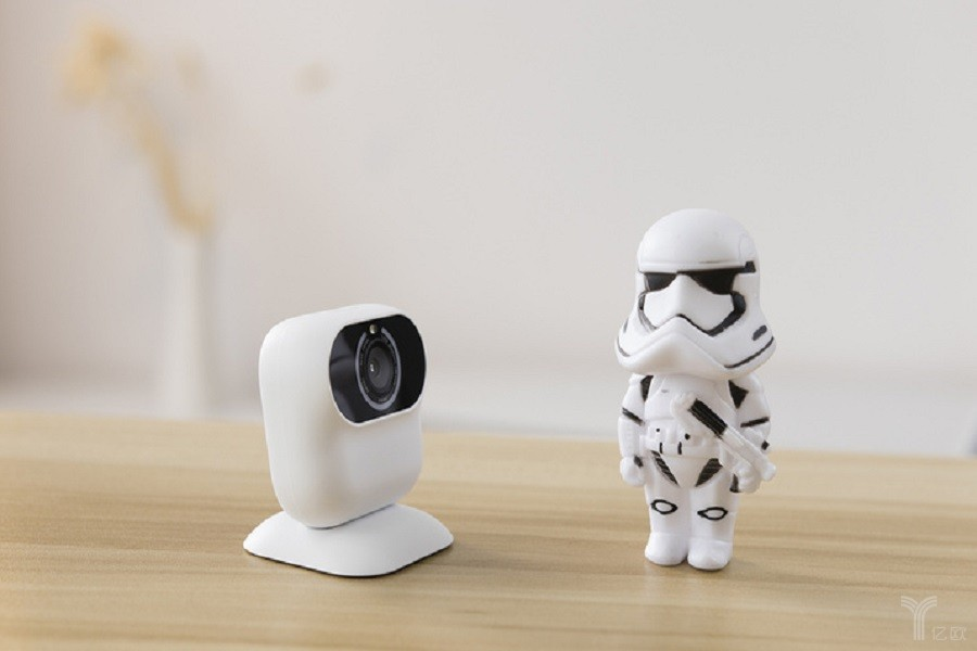 主打小默AI相机,摩象科技能否称霸社交圈的一方天地?