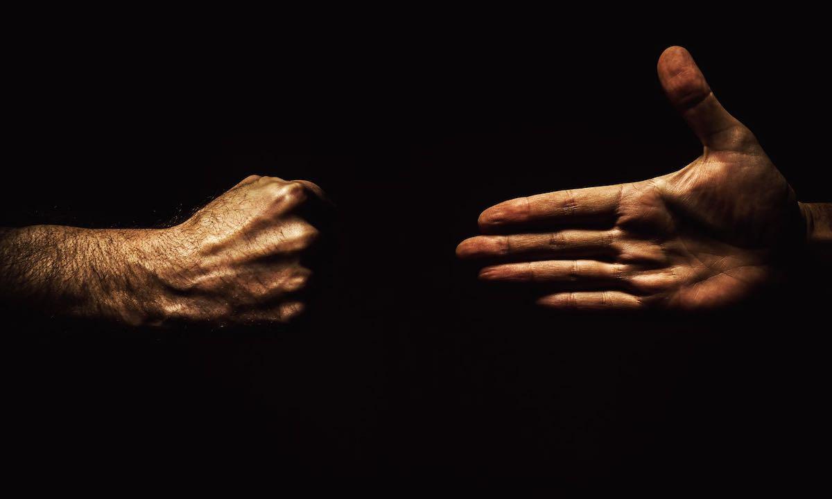 【猎云早报】吴忌寒夺回比特大陆控制权;工行澄清:未推出数字货币;梯影传媒获腾讯领投B轮融资