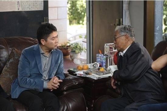 """刘强东在云南拜访了褚时健,为何又闹出一场""""褚橙合作""""的乌龙事件"""
