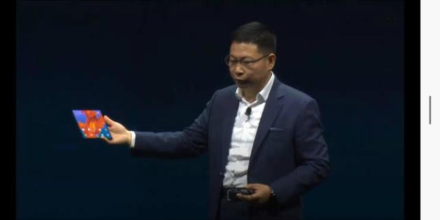 华为发布5G折叠屏手机Mate X,售价2299欧元