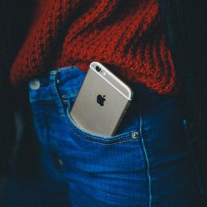 苹果遭遇新麻烦:两大股东担心 iPhone 会让儿童成瘾