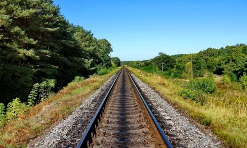 发挥比较优势 提升铁路绿色发展水平